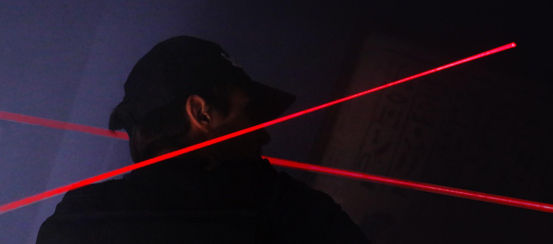 Esquivez les lasers